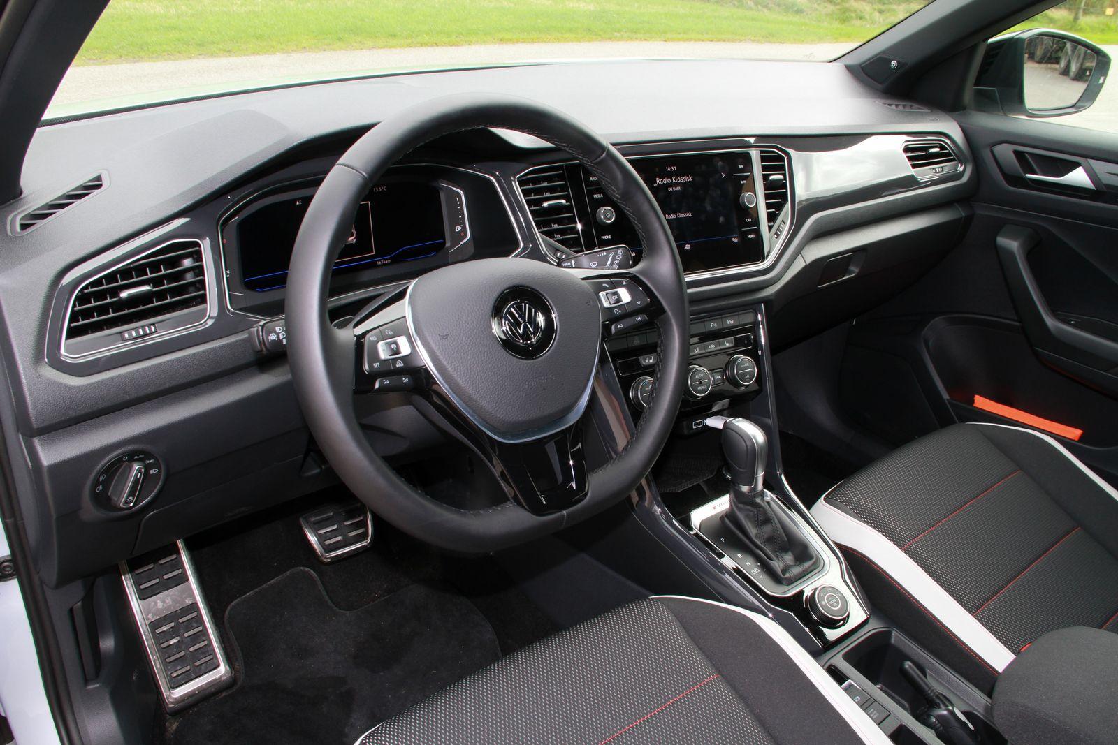 Vw T Roc >> Οδηγούμε το VW T-Roc | 4ΤΡΟΧΟΙ
