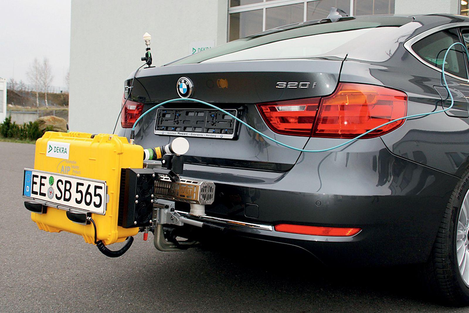 Φορητή συσκευή μέτρησης εκπομπών καυσαερίων.