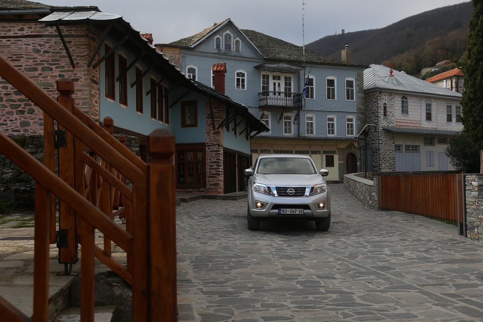 Οδοιπορικό στο Άγιον Όρος με Nissan Navara