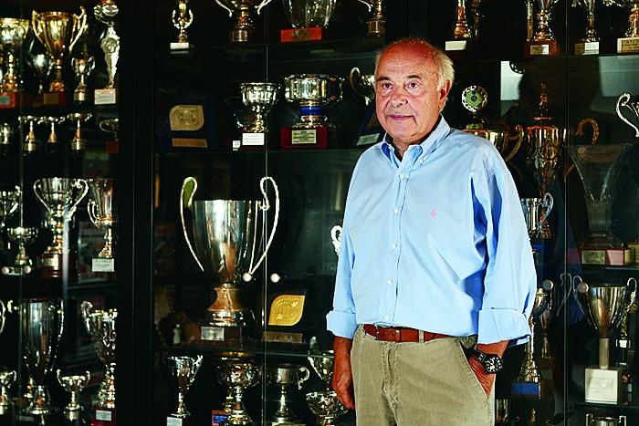 Kostas Apostolou03