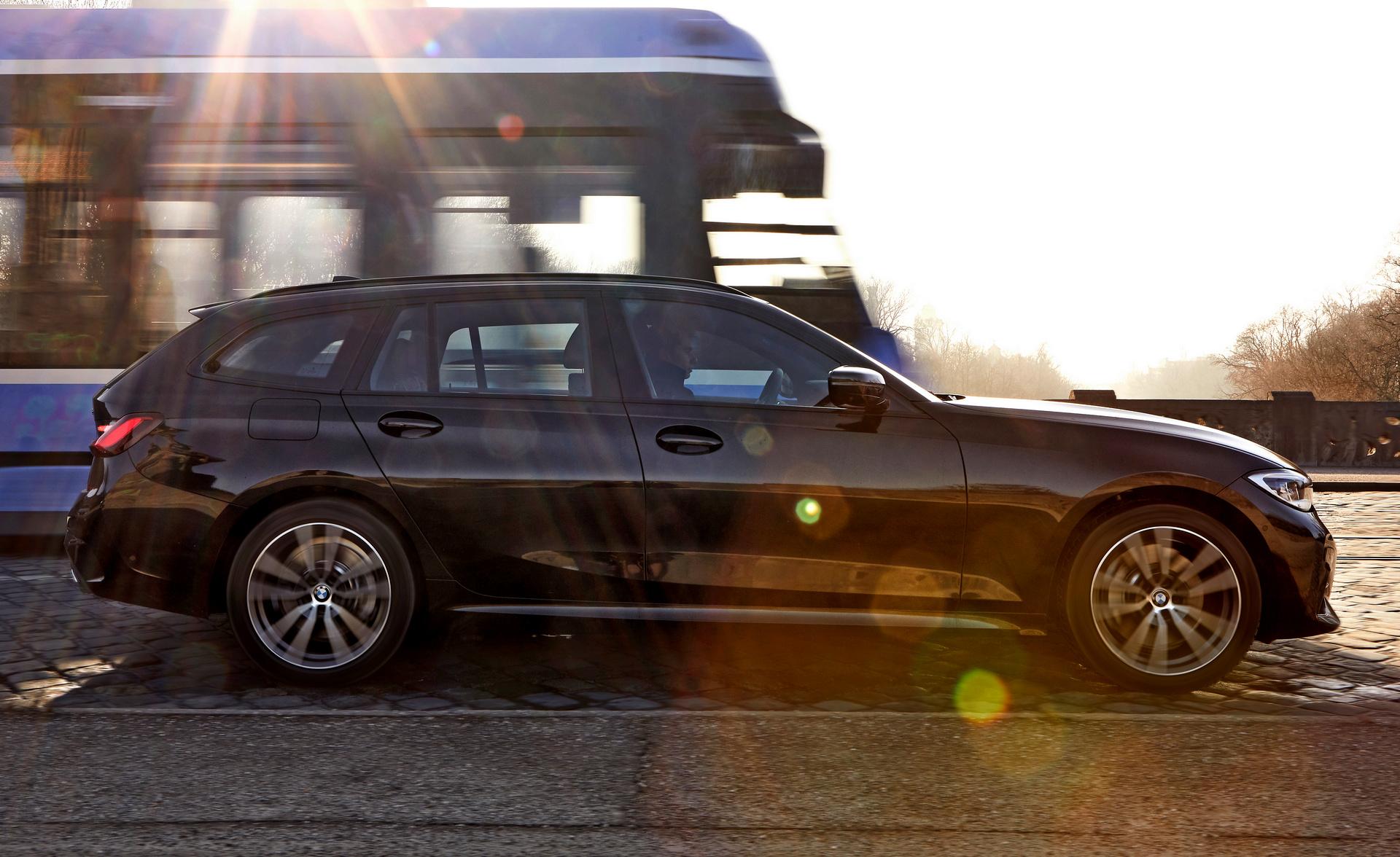 BMW 330e Touring xDrive