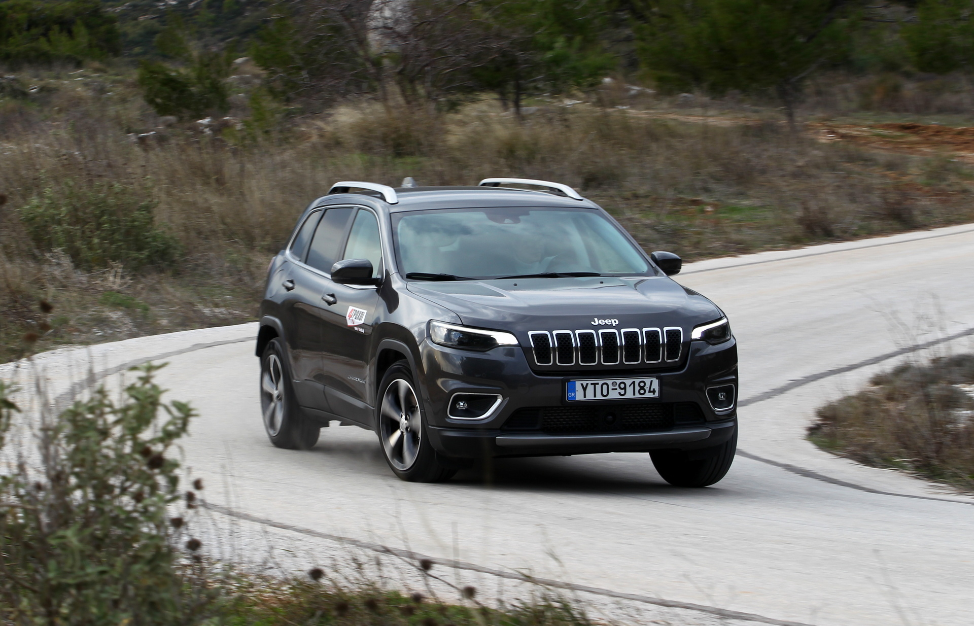 Jeep Cherokee 2.2MTJ 195 PS AWD