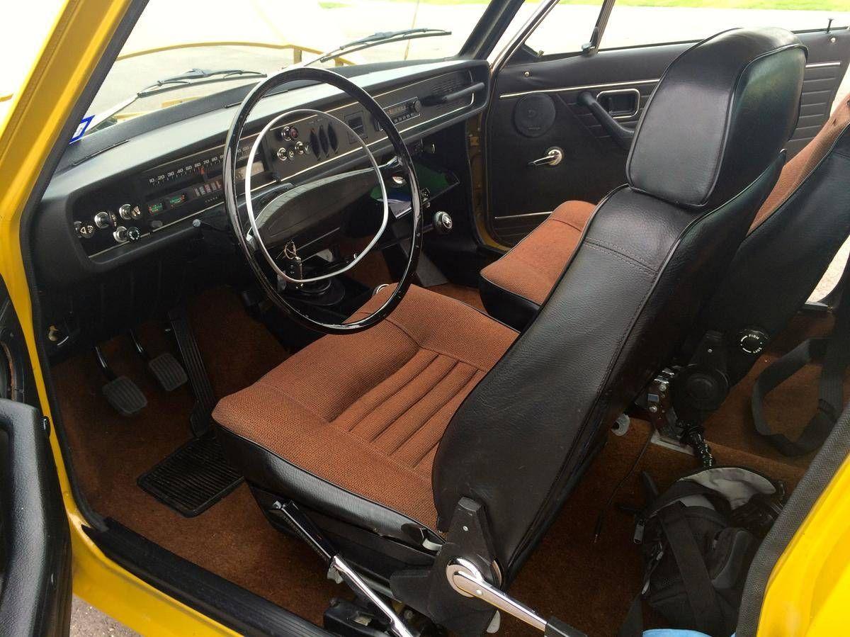Volvo142S