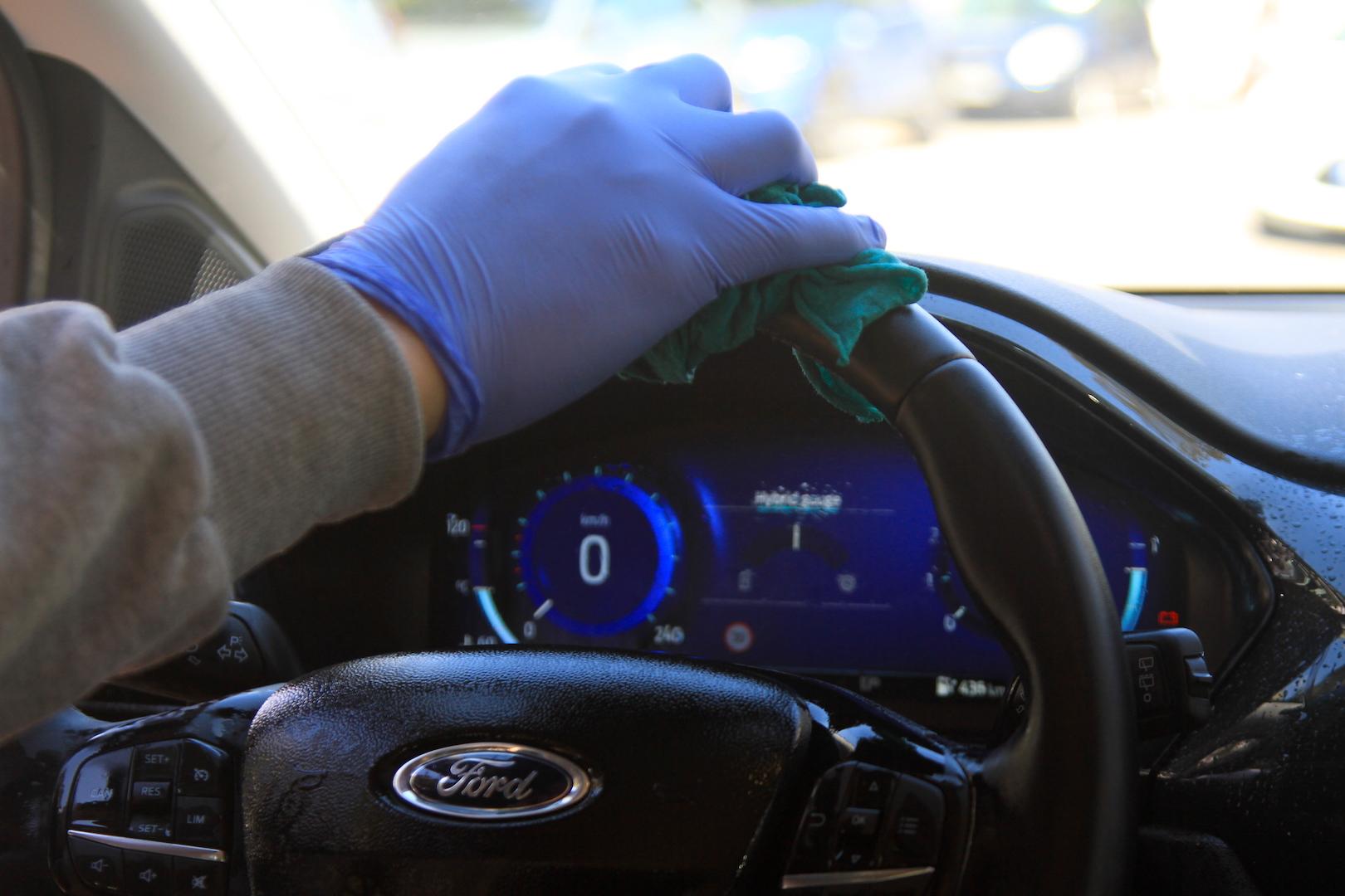 Covid-19: Απολύμανση αυτοκινήτου
