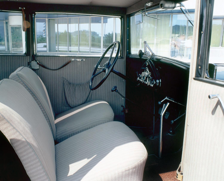 bmw_303_limousine