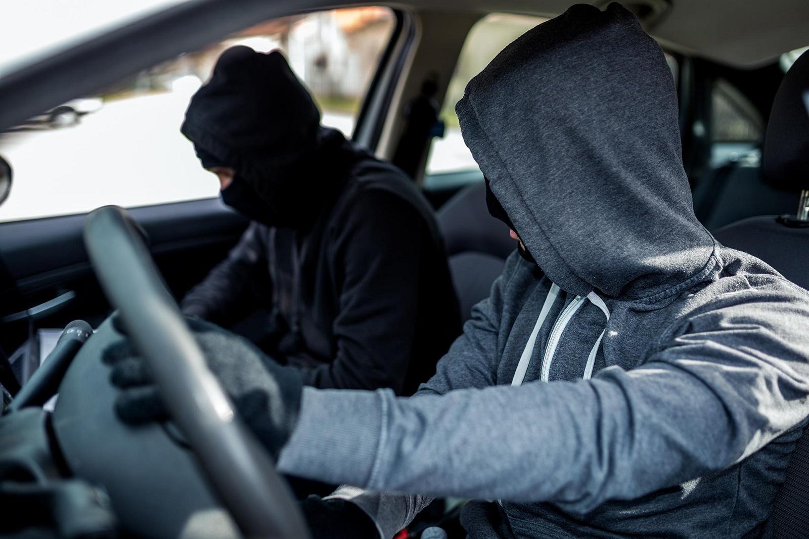 Car_thieves
