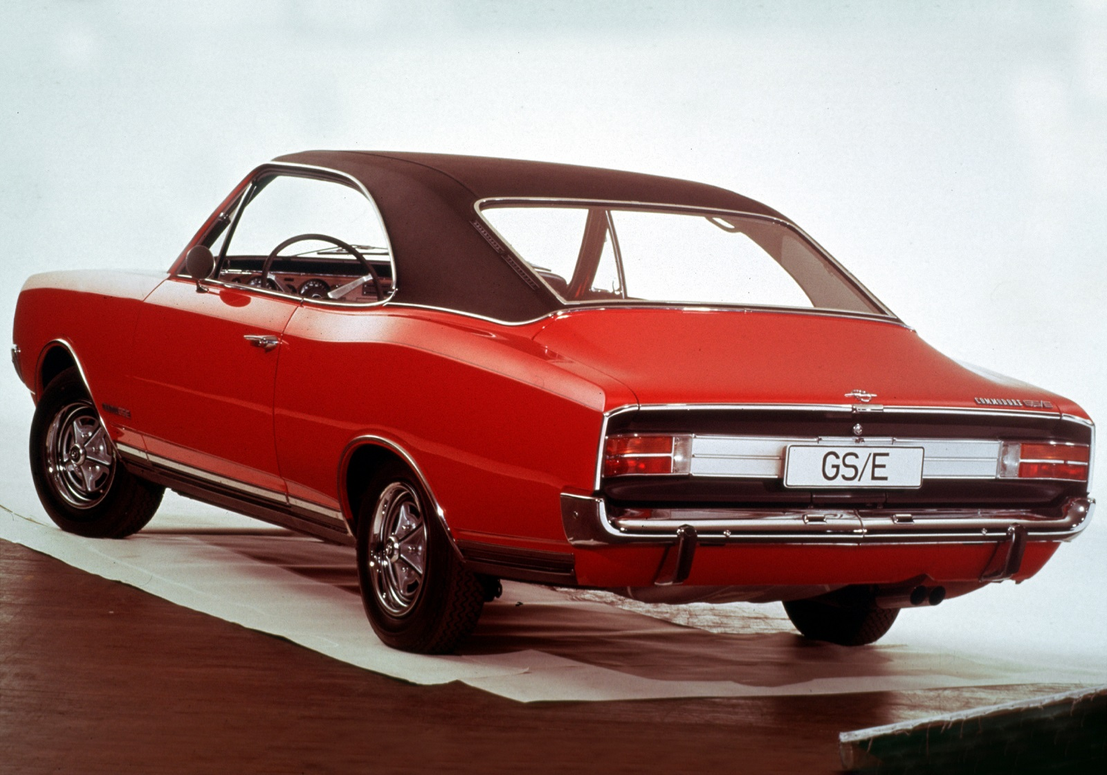 opel_commodore