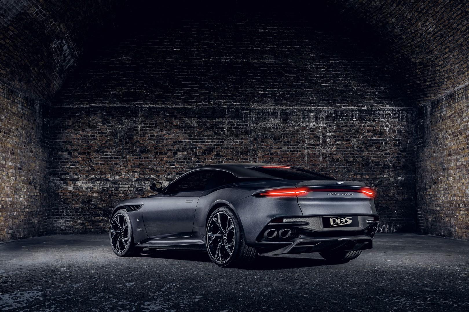 Οι νέες εκδόσεις 007 Edition των Aston Martin DBS Superleggera και Vantage