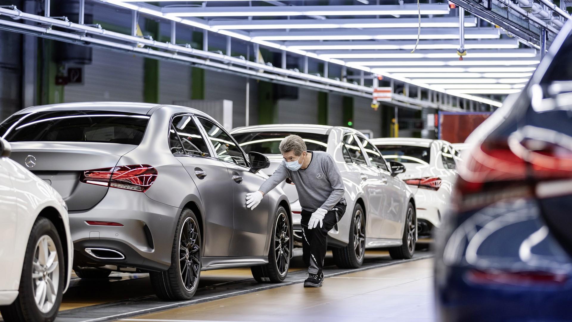 Daimler Production