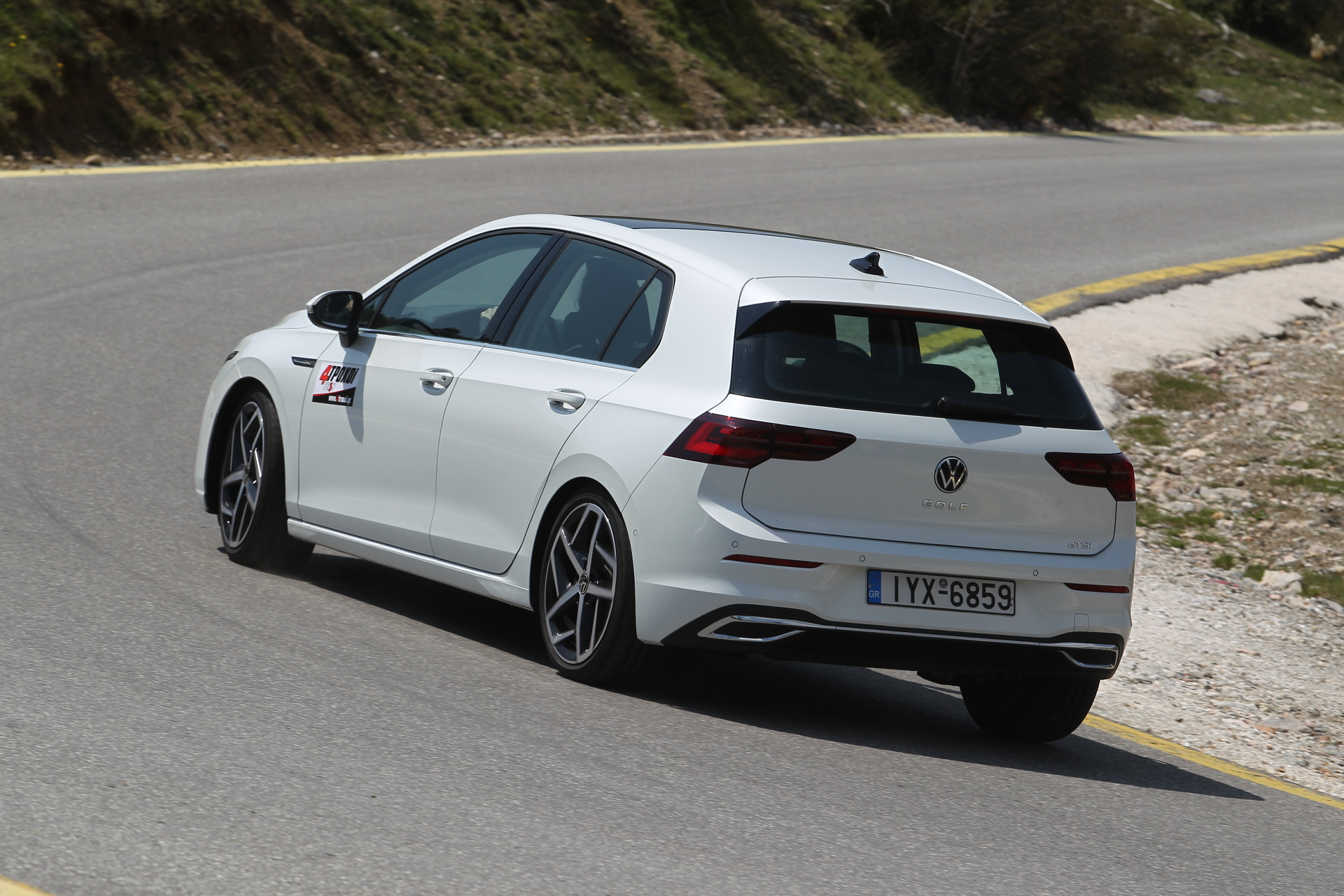 VW Golf 1.5 eTSI 150 DSG