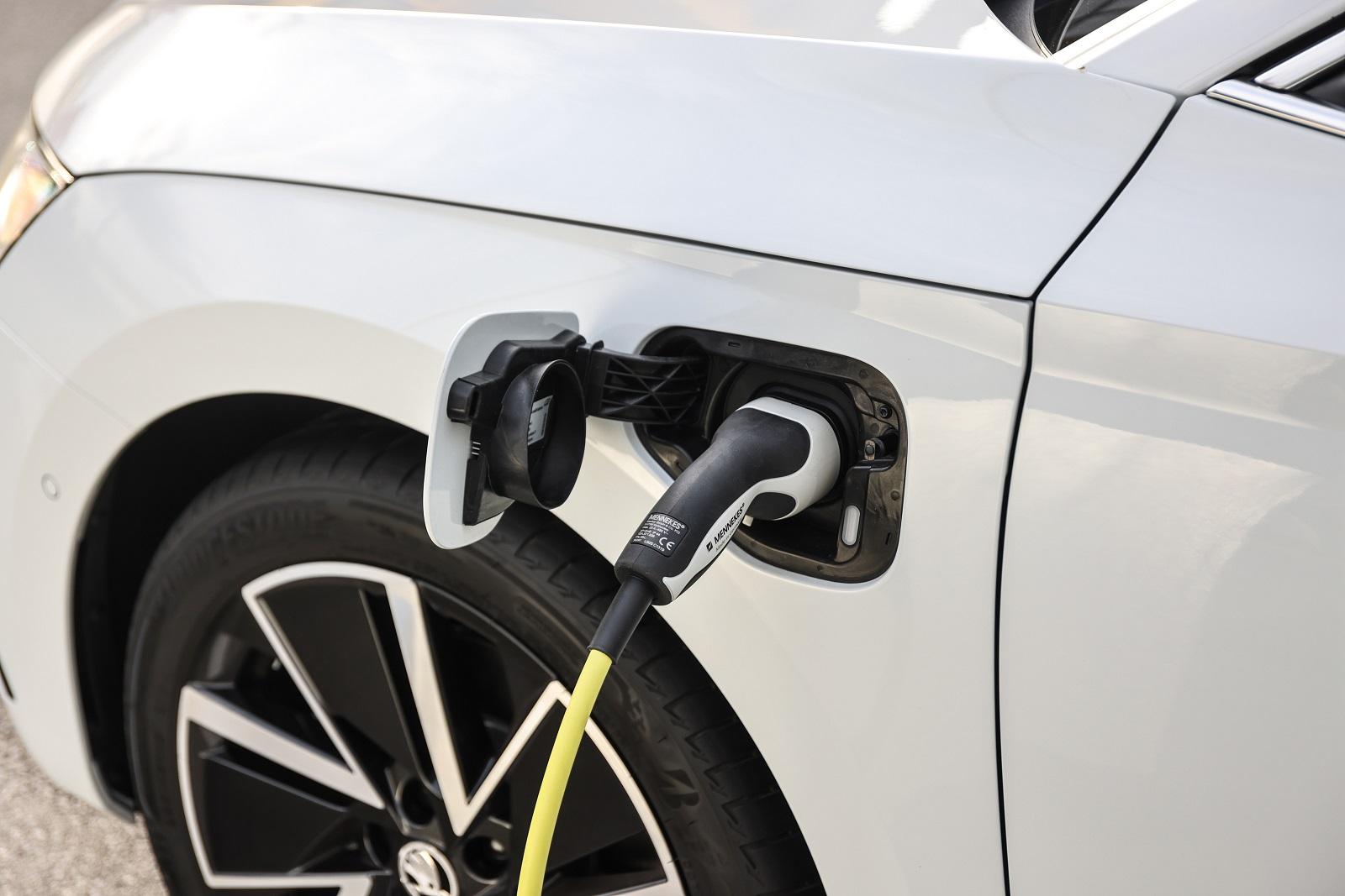 Ηλεκτρισμός – η διαδικασία παροχής ενός δωρεάν σήματος στάθμευσης