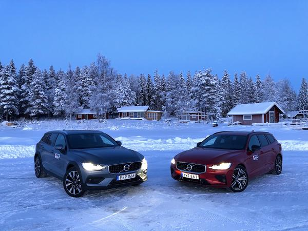 Volvo V60 Cross Country και V60 T8