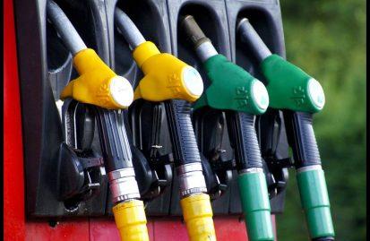oι-βενζινοπώλες-αντιδρούν-στις-νέες-επ-44345