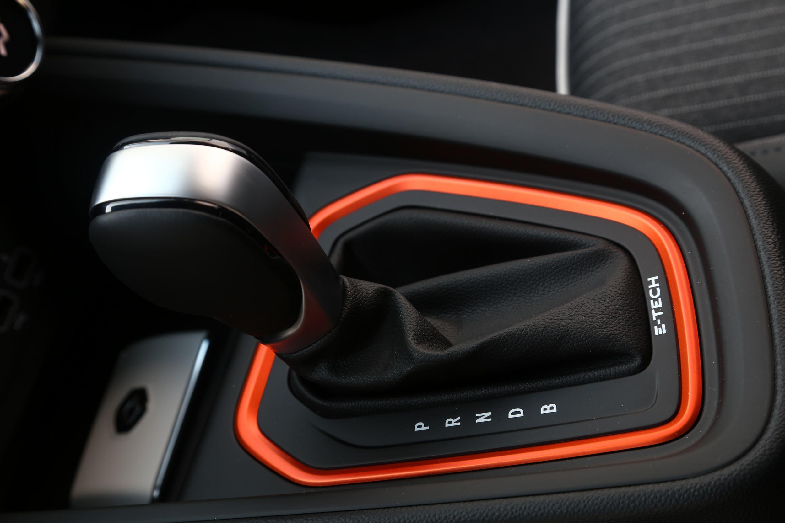 Renault Clio Hybrid E-TECH