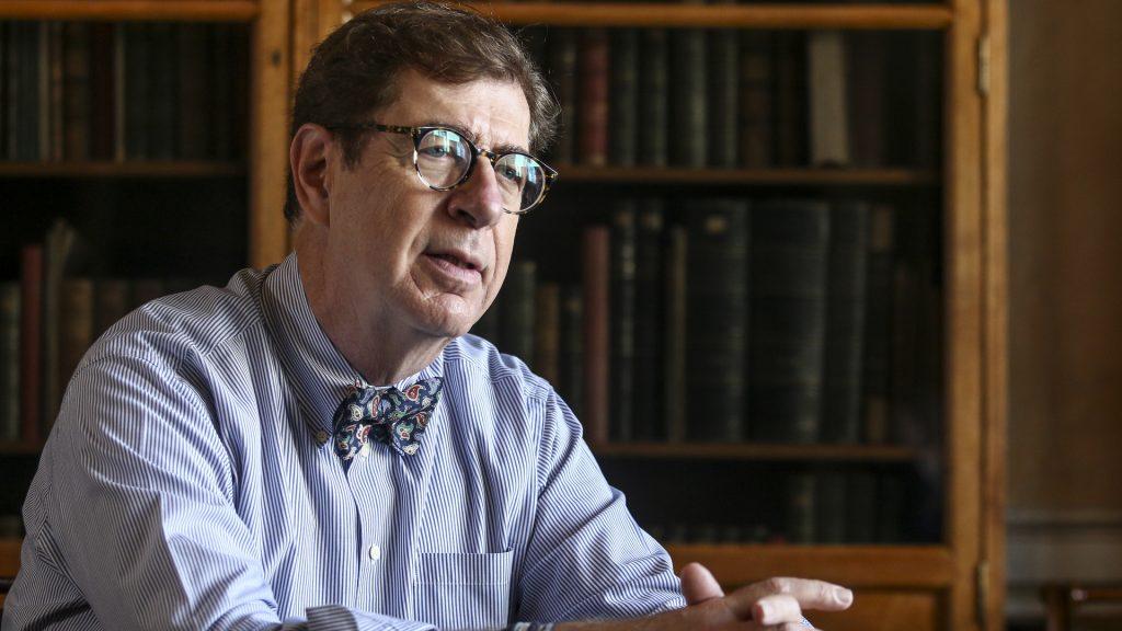 Κωνσταντίνος Συνολάκης, ο επιστήμονας που έχει εξειδικευτεί στις φυσικές καταστροφές