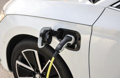 Σημαντική αύξηση στις ταξινομήσεις ηλεκτροκίνητων οχημάτων