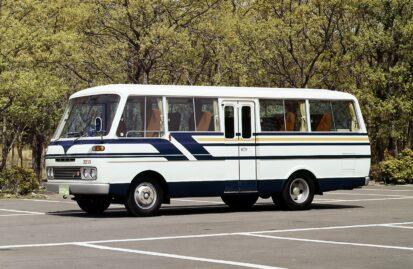 mazda-parkway-το-μοναδικό-minibus-με-κινητήρα-wankel-119765
