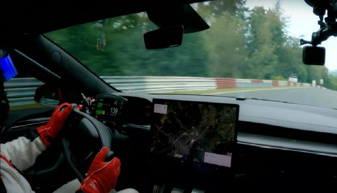 Tesla Model S Plaid - Nurburgring