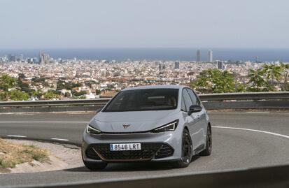 Οδηγούμε στη Βαρκελώνη το Cupra Born
