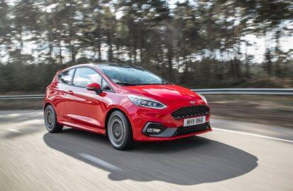 Ford Fiesta ST: Το «hot hatch» που δεν θυσιάζει τίποτα στην καθημερινότητα