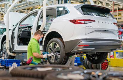 Τσεχία: Μειωμένη παραγωγή κατά 250.000 αυτοκίνητα εξαιτίας των ελλείψεων ημιαγωγών